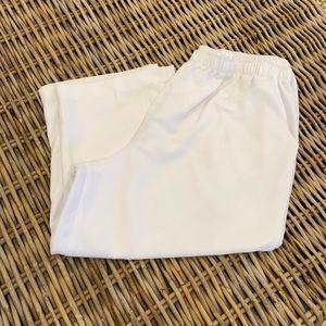 Alia Sport Capris White size 18